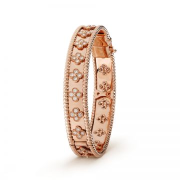 Knockoff VCA Perlee Clover Diamonds Bracelet Beaded Edge Rose Gold-plated Bangle Price List America VCARN5B200