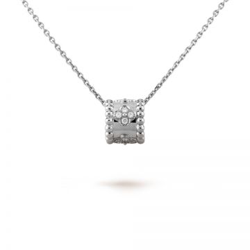 Street Style Van Cleef & Arpels Perlee Clovers Silver Pendant Chain Necklace Crystals Encrusted Women/Men UK Sale VCARO2EF00