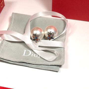 2019 Womens Popular Christian Dior Tribales White Pearl Luxury Colorful Diamonds Star Shaped Stud Earrings Replica