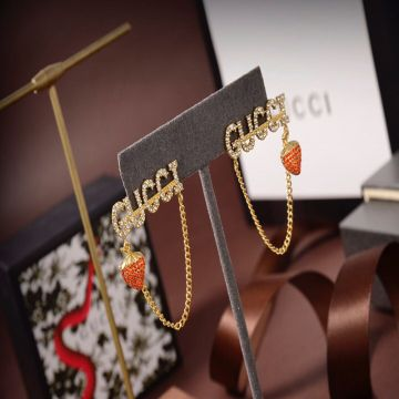 Women's Gucci Red Crystals Strawberry Pendant Yellow Gold Link Chain Trimming Luxury Large Logo Paved Diamonds Drop Earrings