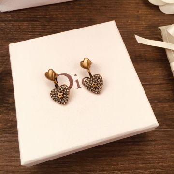 2021 New Christian Dior Embellished Paved Diamonds Heart-shaped Aged Brass Women Star Detail Stud Earrings