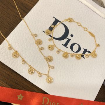 Christian Dior Rose Des Vents Five Motif  Eight-pointed Star & Diamonds White MOP Pendants Women Yellow Gold Plated Bracelet/Necklace