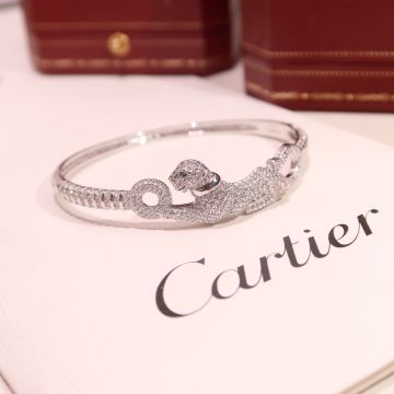 Cartier Panthère de Cartier Paved Diamonds Emeralds Eyes High End 925 Sterling Silver Bangle For Ladies