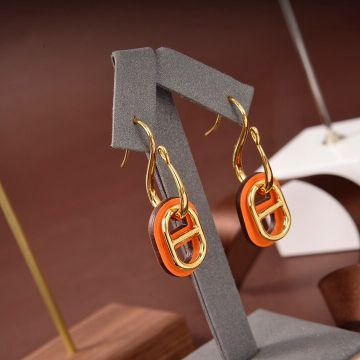 Hermes Classic O'Maillon Orange Leather & Yellow Gold Plated Chaine d'Ancre Pendant Females Faux Fastener Earrings