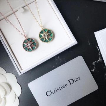 Imitation Christian Dior Rose Des Vents Females Green Eight-Pointed Star Pendant Diamonds Necklace Yellow Gold/Rose Gold